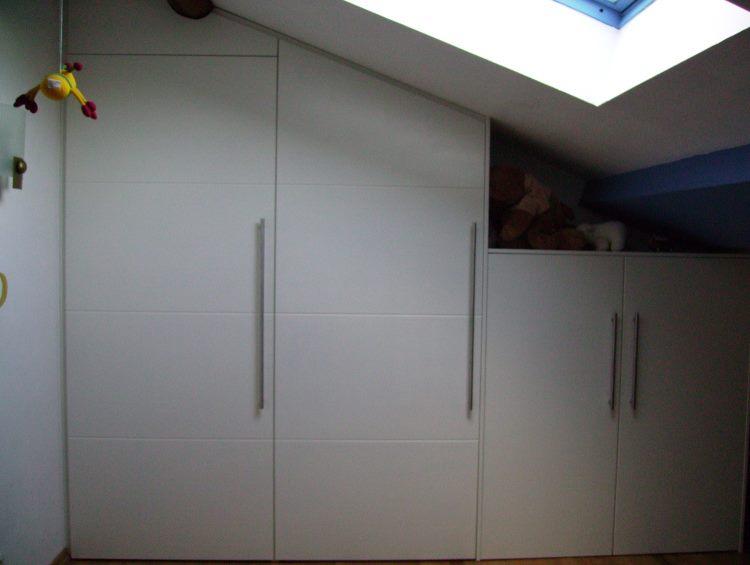 portes placards ouverture la fran aise. Black Bedroom Furniture Sets. Home Design Ideas